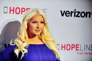 christina-aguilera-hair-blonde
